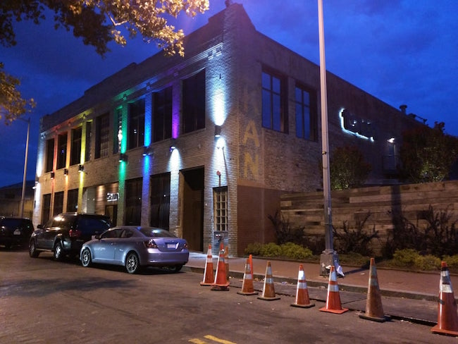 Washington D.C.\u0027s legendary dance club Town Danceboutique just announced it\u0027ll be permanently closing its doors July 1 2018. It\u0027s a rather surprising ... & D.C.\u0027s Town nightclub will permanently shut its doors / Queerty