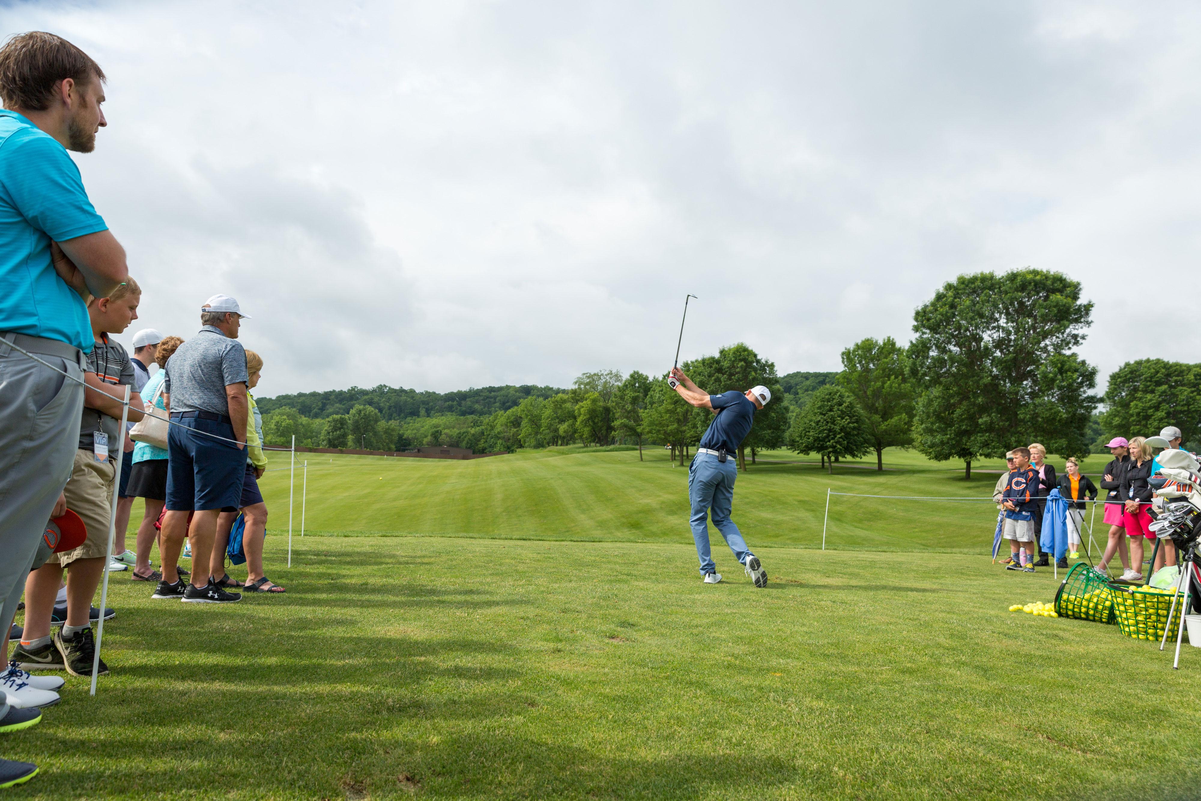 Robbie-Gould-Golf-Clinic-016-smaller