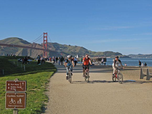 off_street_bike_path_crissy_field_shore-project_large