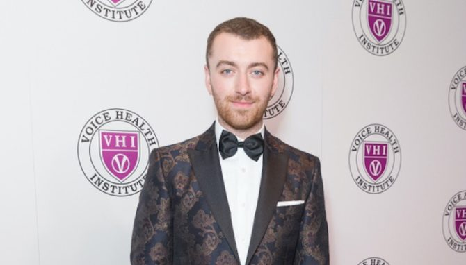 Everyone thinks this is a photo of Sam Smith having sex / Queerty