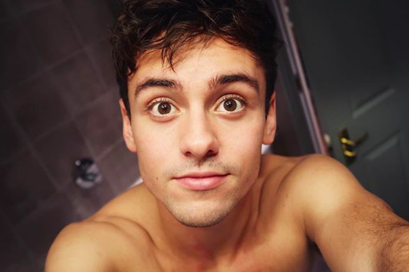 Tom Daley makes himself thirsty with underwear selfies