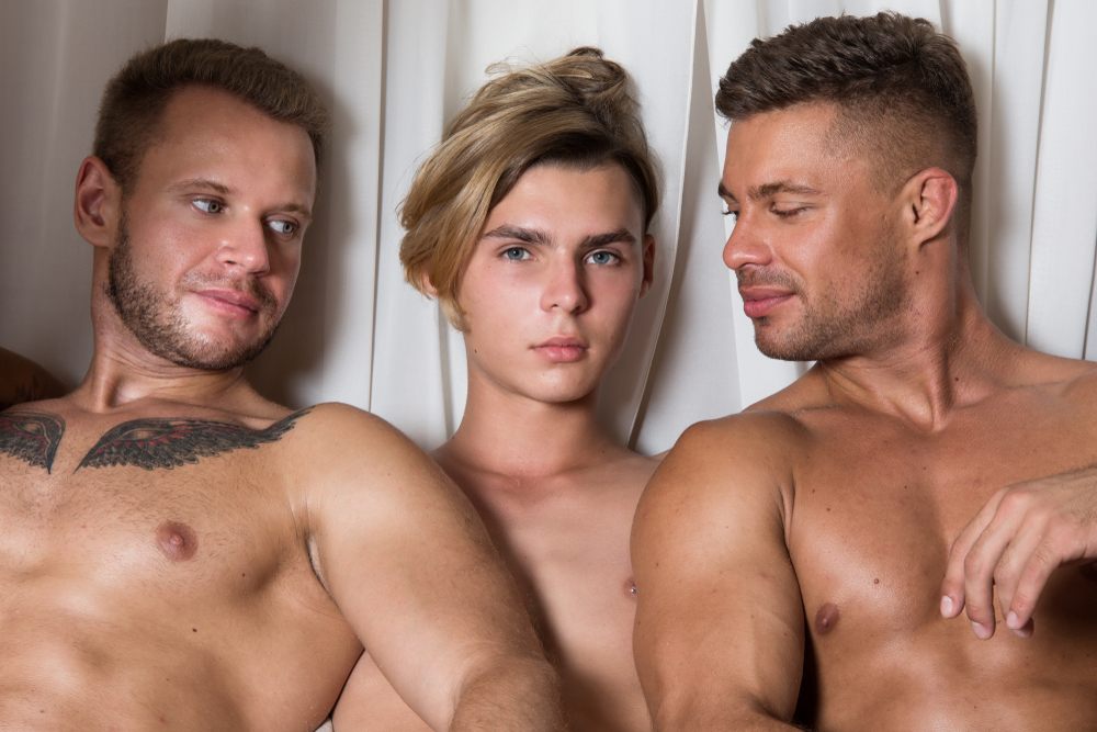 Naked Speed Dating Event For Gay Men Bans Men Over The Age Of 35  Queerty-6598