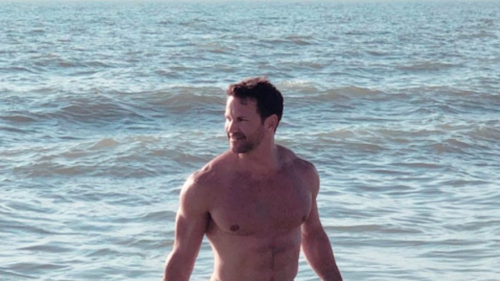 Aaron Schock, nude, naked, sext, sexy, closeted Republican