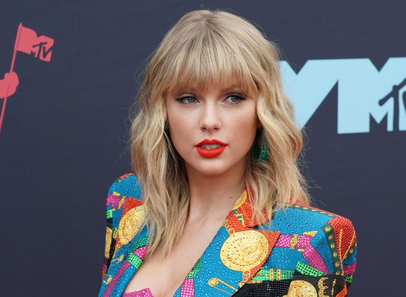 This campaign ad featuring Taylor Swift's song will make you ugly cry