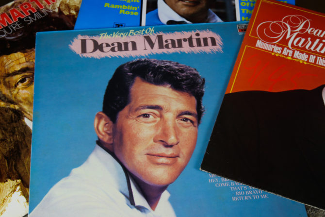 Dean Martin vendeu milhões de álbuns. (Foto: Reprodução / Wikipedia)